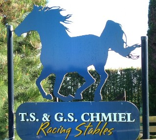 Chmiel Racing Stables